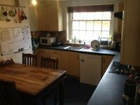 Room to rent in creative House-share