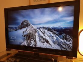 40in Samsung HD TV including remote and power cable - £120