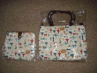 pair of handbags (travel design)