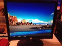 """DELL 19"""" Monitor E193FPp ****Excellent condition & In perfect working order**"""