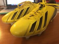 size 4 Addidas Football Boots GREAT Condition