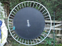 TRAMPOLINE - 6FT, WITH SAFETY NET. Rebo make. Good condition. PRICE REDUCTION!