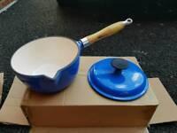 Cast iron pan set