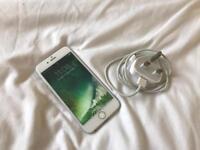 iPhone 6 16gb Silver •UNLOCKED•