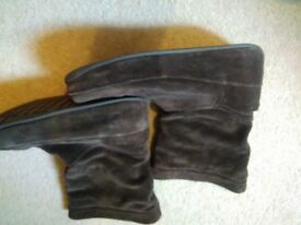FITFLOP BOOTS SIZE 5