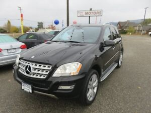 2011 Mercedes-Benz M-Class ML 350 - Heated Leather Seats, Satell
