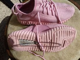 Adidas Pink Trainers-Size 4 1/2-£12
