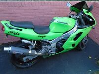 KAWASAKI ZX-6R NINJA 600CC GREEN ROAD BIKE, LOADS OF WORK DONE, HAD RESPRAY, SOLD FOR REPAIR