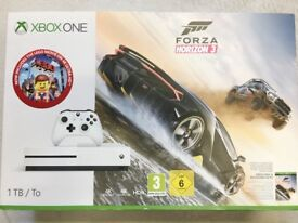 Xbox One S 1TB MINT CONDITION+Wireless Controller+Forza Horizon3+Lego Movie on 4K FAST&FREE DELIVERY