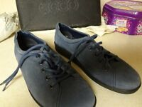 LADIES ECCO SUEDE SHOES SIZE 4-37. Hardly worn, Blue/Grey colour, lovely shoes Boxed.