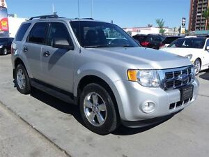 2009 Ford Escape XLT Automatic 3.0L 4WD|LEATHER|SUNROOF