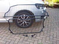 Dog Guard to fit VW Touran