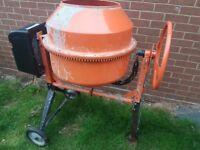 Actec Max Electric Cement Mixer 240v 700w 140litre