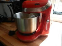 USED BUT IN GREAT CONDITION (MINI FOOD MIXER)