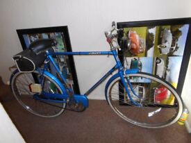 A GENTS RETRO CLASSIC 1970s 3 SPEED BIKE A VERY CLEAN BIKE FOR THE YEAR