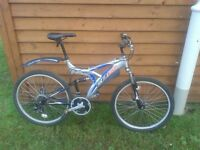 small mountain bike. excellent condition
