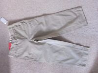 Boys Age 5 GAP Straight Fit Chinos in Beige - NEW with tags