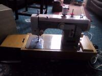 Newhome 674 vintage sewing machine
