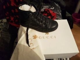 Stunning size 11 k8ds gucci boots