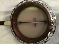 Plectrum banjo with hard case