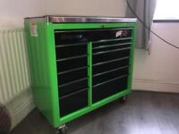 "40"" 11 draw snap on roll cab in rare green and black"