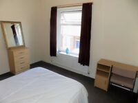 Large Double Bedroom Available in Salford