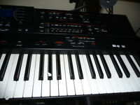 Roland G1000 76 note keyboard (couple of issues) RRP £2200