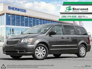 2015 Chrysler Town & Country Touring Roof/NAV & Dual DVDs!!