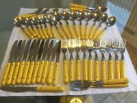 Cutlery set for 12 placings