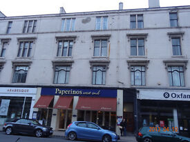 HMO Westend Byres Road, large 4 double bedroom ,dining kitchen ,2nd floor flat.