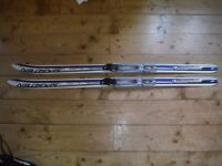 Child's cross country skis 120cm
