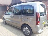 Peugeot Partner Teepee - Ride Upfront Wheelchair Accessible