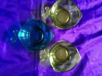3 fish shape bowls