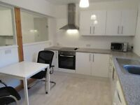 Large 2 Bed Flat on St Peter Street