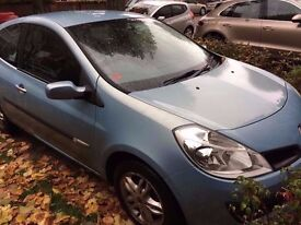 Renault Clio 1.1 Ripcurl - Full Service history family owned - long MOT - cheap insurance