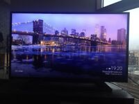 Superb condition - Philips Full HD Slim LED TV - 40in
