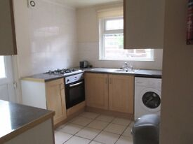 1st July 17 - 3 DOUBLE Bed House Hibbert St Rusholme 3 x £303.33pcm - LET AGREED
