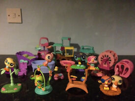 Littlest Pet Shop / LPS collection of 7 bird figures (some rare) & various random LPS accessories