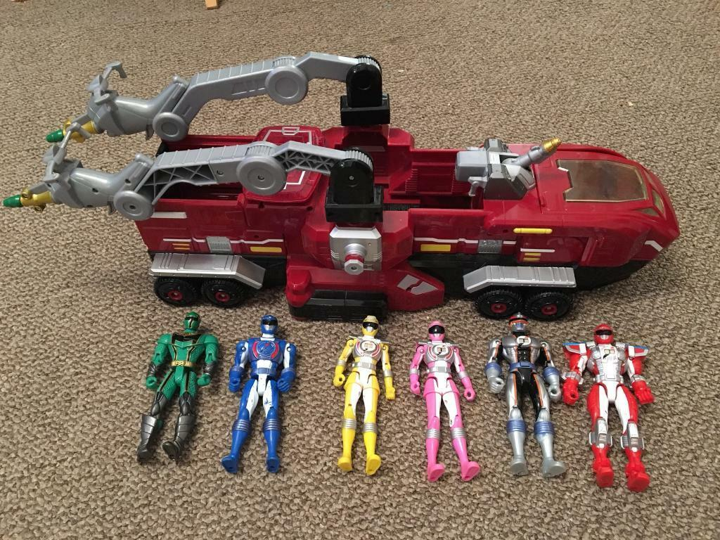 Power rangers mission response vehicle