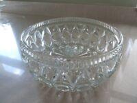 VINTAGE GLASS DESSERT FRUIT PUNCH SALAD VINTAGE TEA PARTY SERVING BOWL