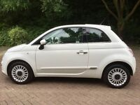 FIAT 500 MULTIJET LOUNGE 1.3 Turbo Diesel**RED LEATHERS**PANORAMIC ROOF**£20 YEAR TAX**71k**FSH