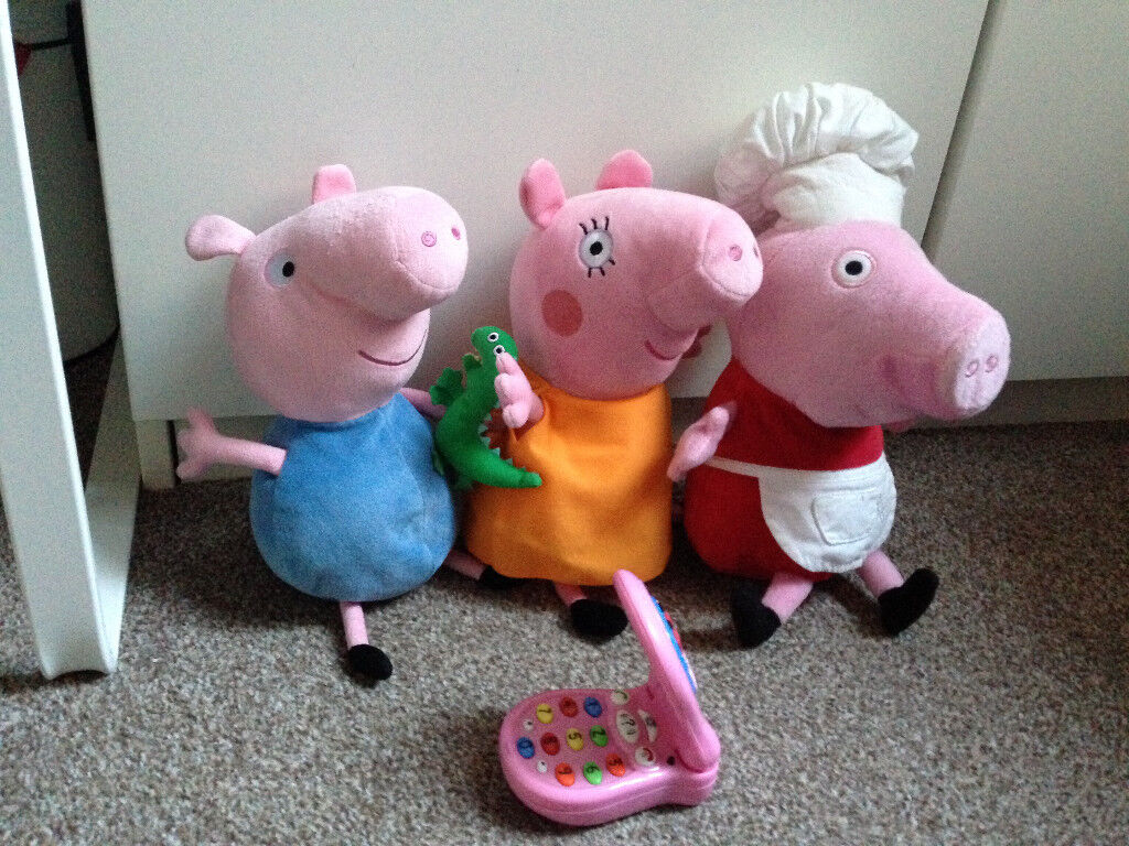 Peppa Pig, George and Mummy Pig soft toys