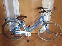Ladies Pendleton Bike with Lock & Helmet
