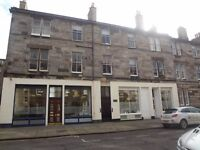 CUMBERLAND STREET - Bright and spacious two bedroom property available in quiet residential street