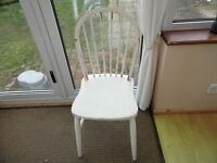 White Wooden Chair - upcycling Project?