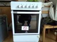 Brand new indesit electric cooker with guarantee still valid
