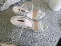 Gergous sparkly shoes