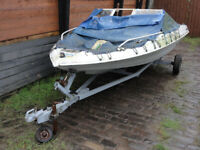 Glastron SSV 175 Speed Boat & Trailer