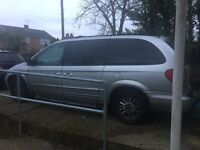Lovely 7 seater, part service history built in DVD player, very spacious