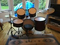 Stag drum kit